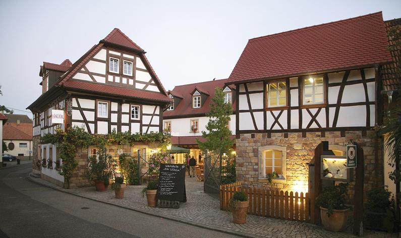 landhotel hauer pleisweiler oberhofen. Black Bedroom Furniture Sets. Home Design Ideas
